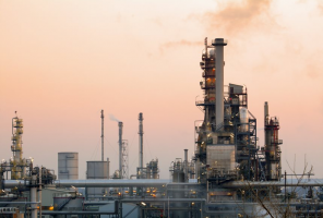 Risk Management Strategies to Address Price Volatility in the US Oil and Gas Industry